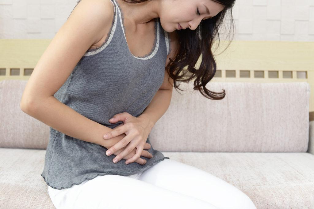 bolesť brucha a kŕče po jedle